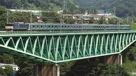 ウラ54編成,長野総合車両センターへ配給輸送