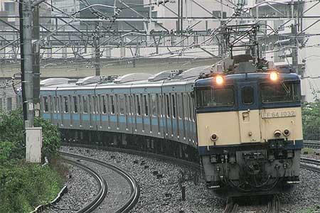 もとウラ71編成のうち6両が東京総合車両センターへ