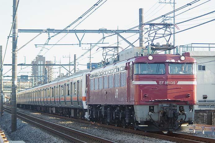 209系500番台M72編成が秋田へ