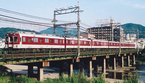 大和川鉄橋を渡る上本町行き 普通 2510系+2610系6連