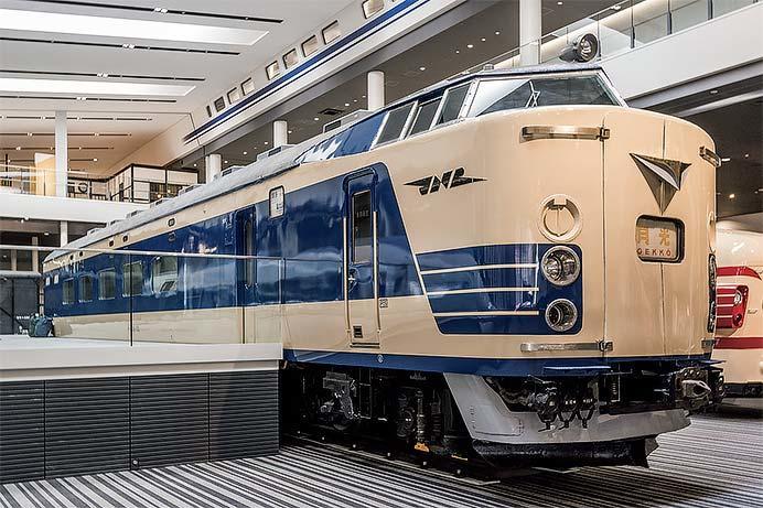 京都鉄道博物館でクハネ581-35の車内公開