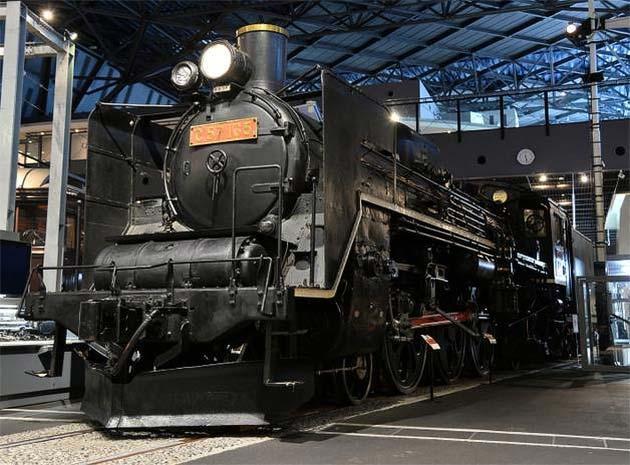 鉄道博物館開館10周年記念「ワンコインナイトミュージアム」開催