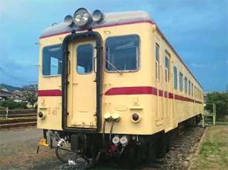 運転体験する平成筑豊鉄道キハ2004