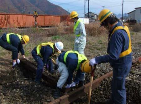 会津鉄道「線路の保全体験」開催