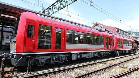 箱根登山鉄道3000形「アレグラ号」