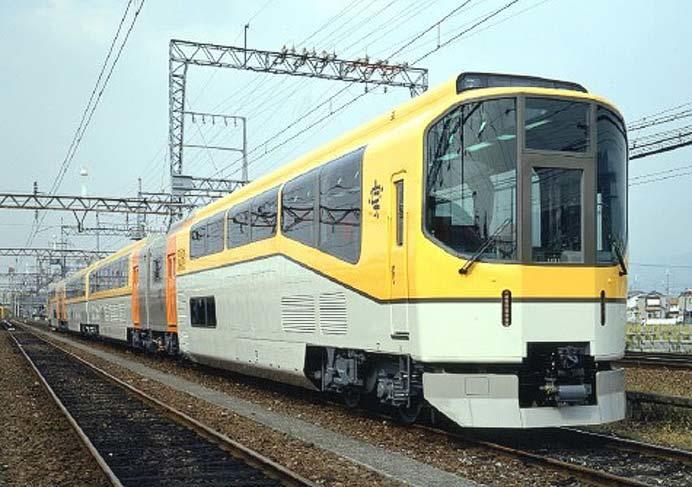 近鉄,ゴールデンウィーク期間中に団体専用車両「楽」を臨時列車として運転