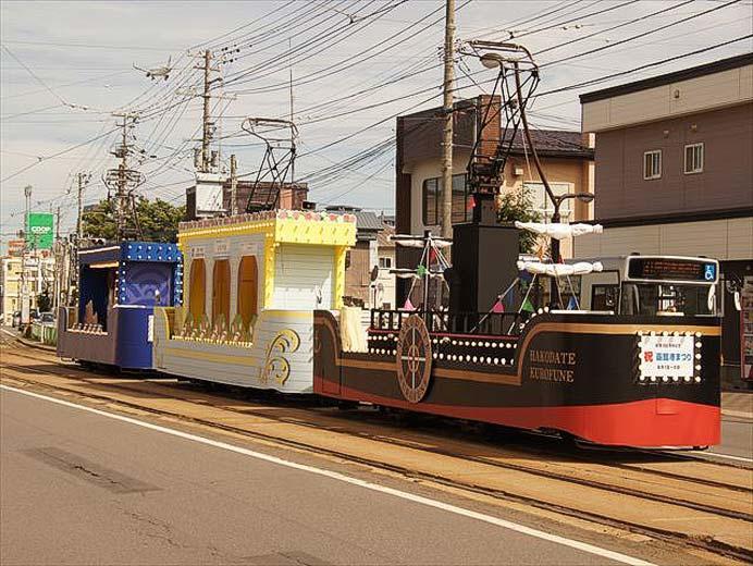 函館市企業局交通部,花電車を運転