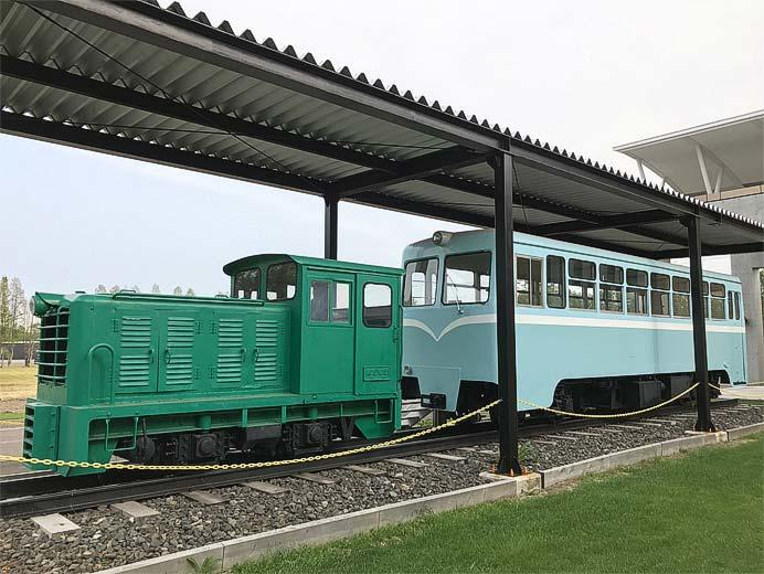 「鶴居村営軌道」保存車両の見学の方に,ポストカードのプレゼントを実施