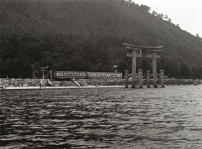 「西城浩志 鉄道写真50年 —くらしの中の鉄道を再発見する写真旅行—」開催