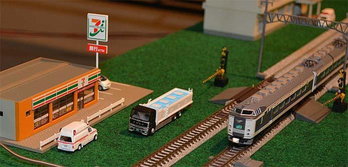 新津鉄道資料館で「八千代Nゲージクラブ 鉄道模型走行会」実施