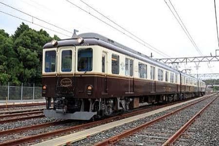近鉄,観光列車「つどい」を使用した「足湯列車」を運転