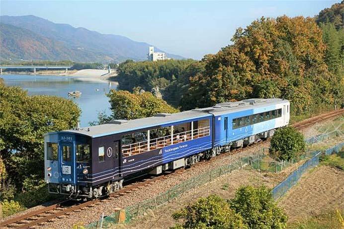 京都鉄道博物館で「藍よしのがわトロッコ」を特別展示