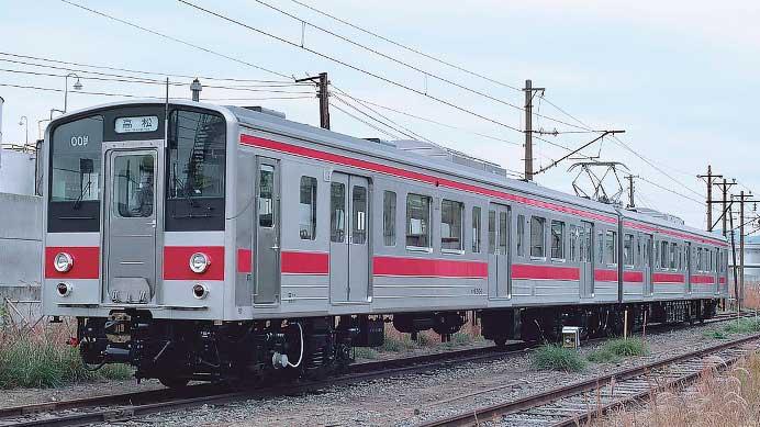 国鉄121系