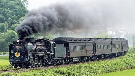 D51 200号機と35系客車による試運転