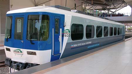 サバ州立鉄道の新形レールバス
