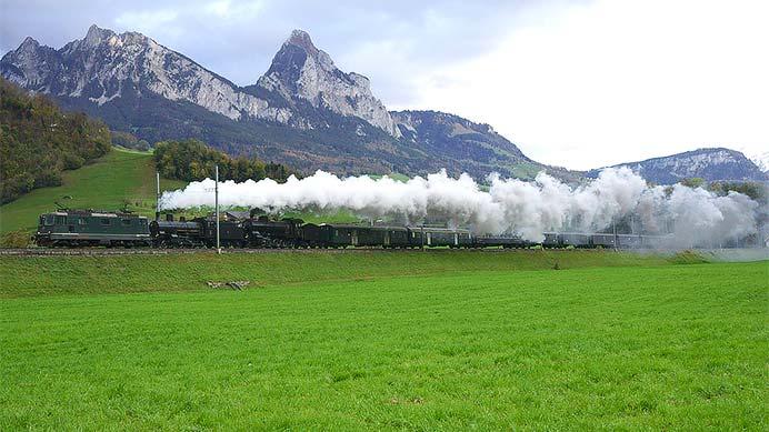 スイス ゴッタルド旧線を行く蒸機列車