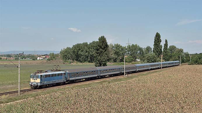 ウィーン発ブダペスト経由の国際列車