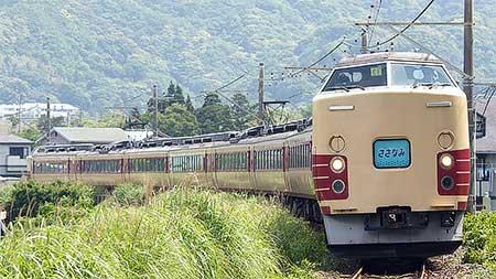"""""""新宿さざなみ"""",183・189系で運転"""