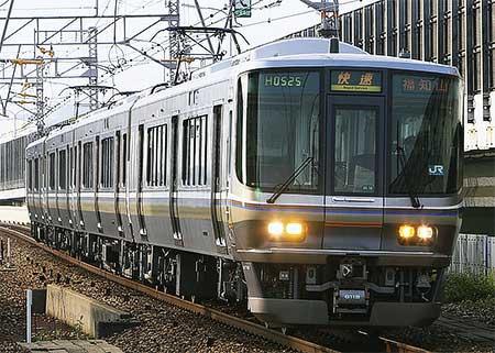223系6000番台,福知山線で運用開始