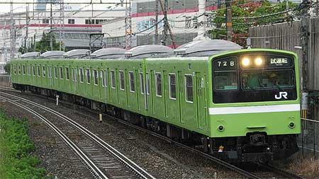 奈良電車区201系に更新クーラ車...