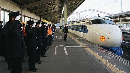 0系新幹線電車,定期運用を終える