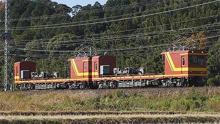 近鉄モト90形MF96編成,大阪線を走行