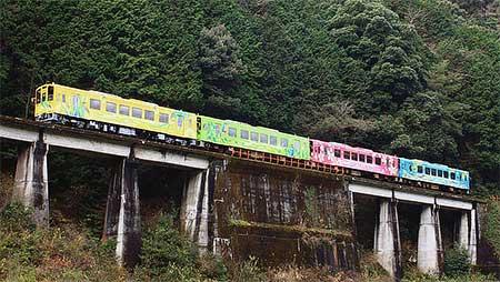 錦川鉄道NT-3004「きらめき号」営業運転を開始
