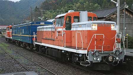 マヤ34 2009が長崎本線・唐津線を検測