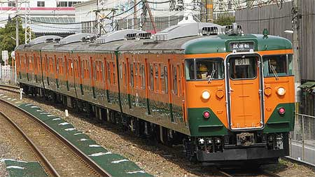 岡山電車区B01編成が吹田工場で試運転