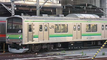 もと武蔵野線M66編成,横浜線色に