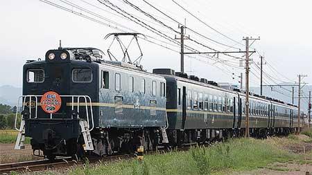"""SLパレオエクスプレス"",電気機関車で代走"