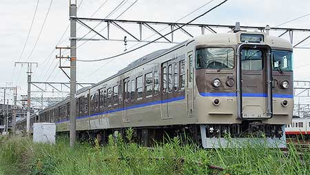 JR西日本から115系1000番台湘南色が消滅