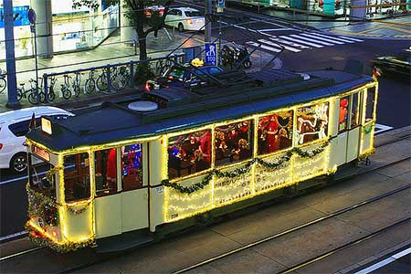 広島電鉄,クリスマス電車を運転