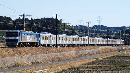 EF210-160が東武鉄道50000系の甲種輸送をけん引