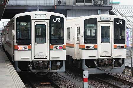 美濃太田車両区キハ11形,スカートの大形化が進む