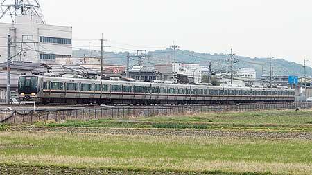 JR片町線 京田辺—木津間で7両編成の運用開始