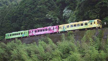 錦川鉄道で「ホタル列車」運転
