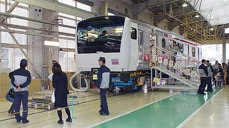 新津車両製作所が一般公開される