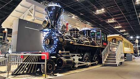鉄道博物館でイルミネーション