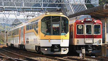近鉄「WINTER TRAIN冬物語号」運転