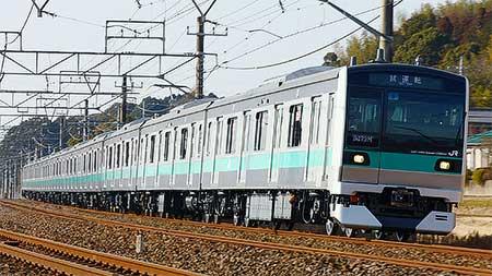 https://cdn3.railf.jp/img/news/2011/02/110207_e233-2000_037.jpg