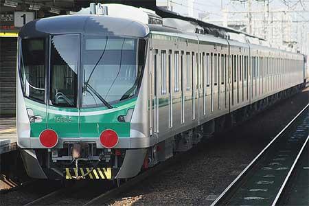 東京地下鉄16000系第6編成が甲種輸送される