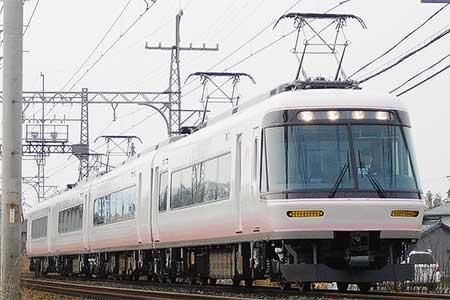 近鉄26000系リニューアル車が営業運転を開始