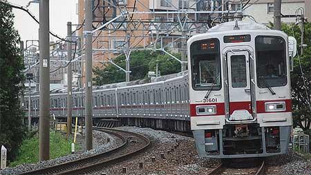 東武30000系,東上線での営業運転を開始