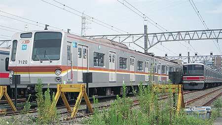 東京メトロ7000系が元住吉検車区へ