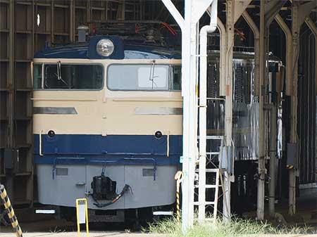 EF60 510が再塗装される