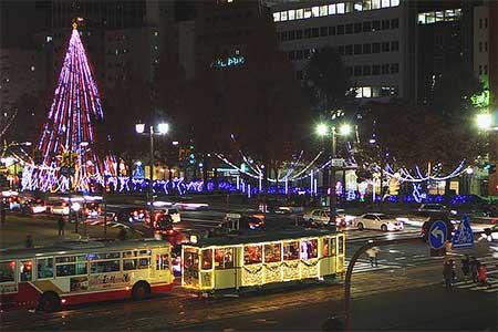 広島電鉄で「クリスマス電車」運転