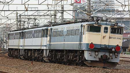 EF65 1064+EF65 1055が大宮へ
