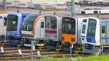 横浜高速鉄道Y500系が東京メトロ新木場検車区へ