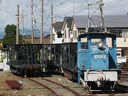 遠州西ヶ崎駅のED28 2が通電状態で展示される